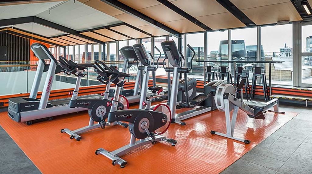 Hotell vid g teborgs hamn quality hotel 11 for Ceresio 7 gym spa