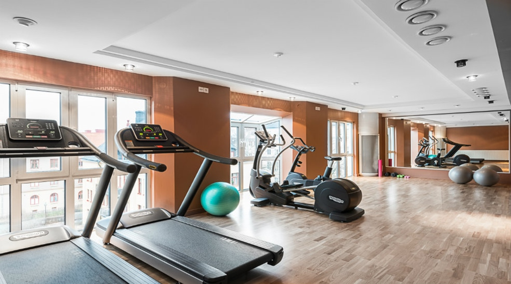 Hotell link ping quality hotel ekoxen for Ceresio 7 gym spa